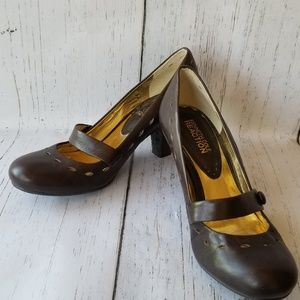 Kenneth Cole Reaction Lucky Day Heels Brown 5M